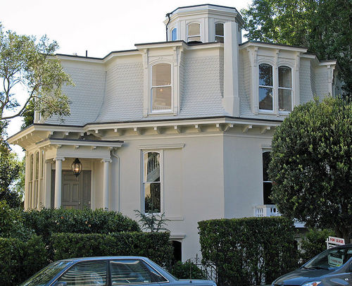 738px-Feusier_Octagon_House_%28San_Francisco%29.jpg