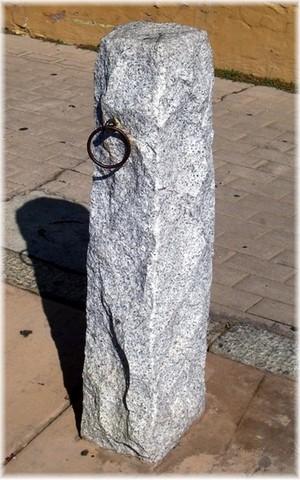 GraniteHitchingPost.jpg